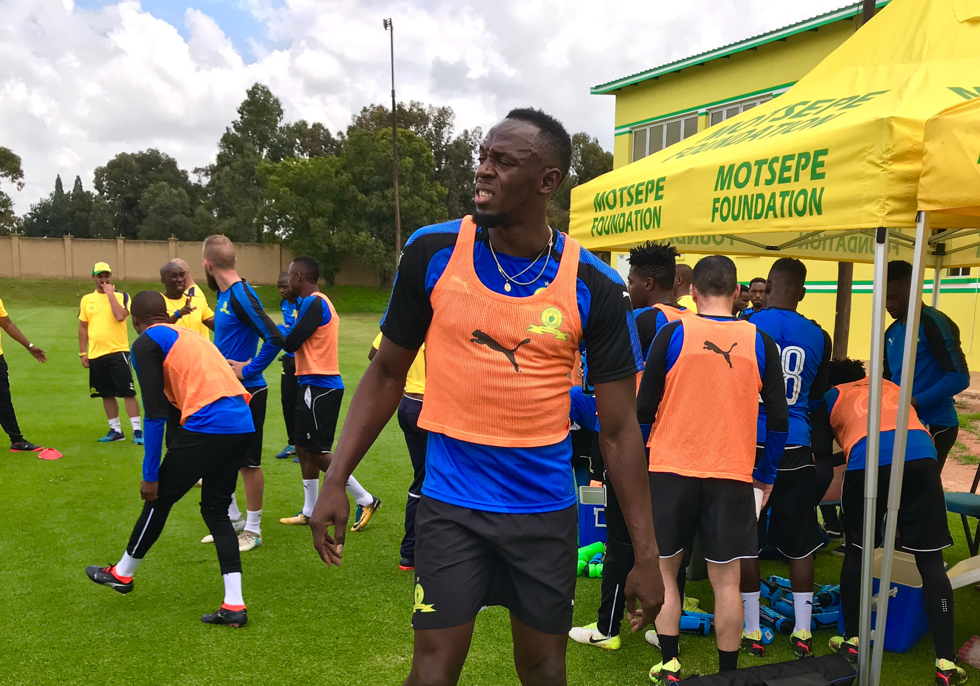 9ba13e619 Usain Bolt Joins Mamelodi Sundowns For A Training Session – Mamelodi ...